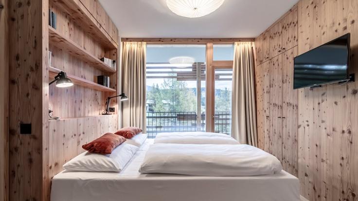 nice-suite-5